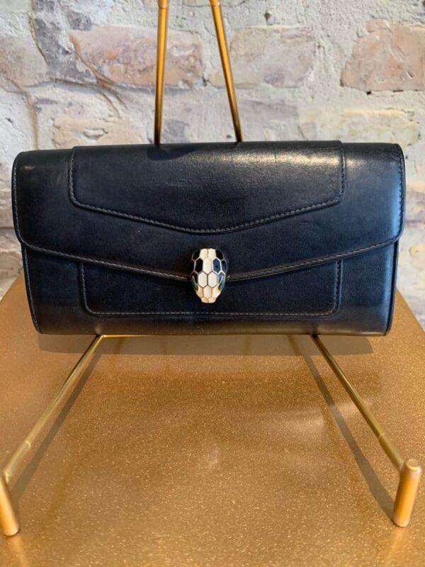 Bulgari wallet in calf skin with green detail inside-1