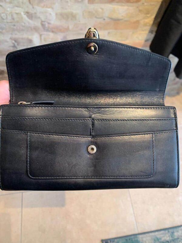 Bulgari wallet in calf skin with green detail inside-2