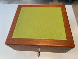 Hermes-jewelery-box-in-wood-with-suede-inside-buy-online-rock-vintage-buy-online