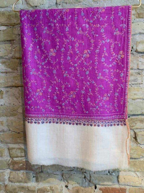 Cashmere hand embroderi scarves 8