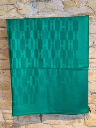 Hermes logo scarf in green - buy online rock vintage
