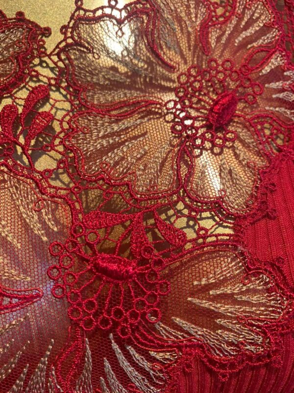 Oscalito t-shirt with lace detail in red - buy online