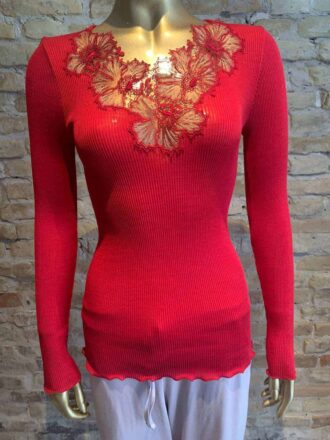 Oscalito t-shirt with lace detail in red - rock vintage