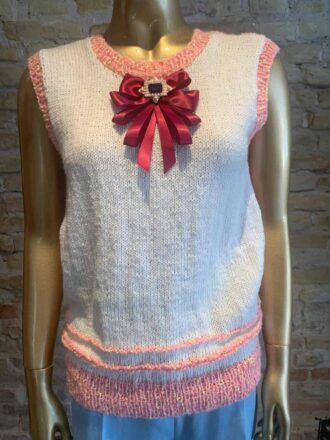 Rock vintage Hand-knitted west with details