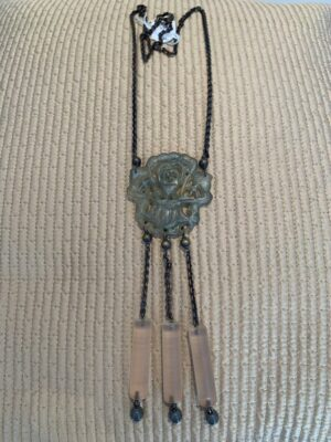 Long necklace with flower center piece - rock vintage